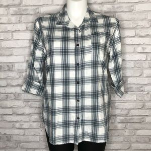 PJ Salvage plaid long sleeved top, NWT, Large